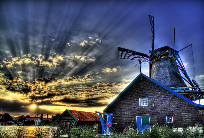 """<h2>Farewell Holland</h2> <br/>If you want to see how I made this (and how you can too!), visit my <a href=""""http://www.stuckincustoms.com/hdr-tutorial/"""">HDR Tutorial</a>.  I hope it gives you some new tricks!<br/><br/>This was taken my final evening in Holland.  I found a remote pastoral area with several olde world windmills.  I was the only one around...  I got fairly cold waiting for sunset, but I think it was worth it.<br/><br/>I have a lot more pictures from around the Netherlands still unprocessed, but I look forward to sharing them with you in coming weeks.  I hope you enjoy this one.<br/><br/>- Trey Ratcliff<br/><br/><a href=""""http://www.stuckincustoms.com/2006/08/28/farewell-holland/"""" rel=""""nofollow"""">Click here to read the rest of this post at the Stuck in Customs blog.</a>"""