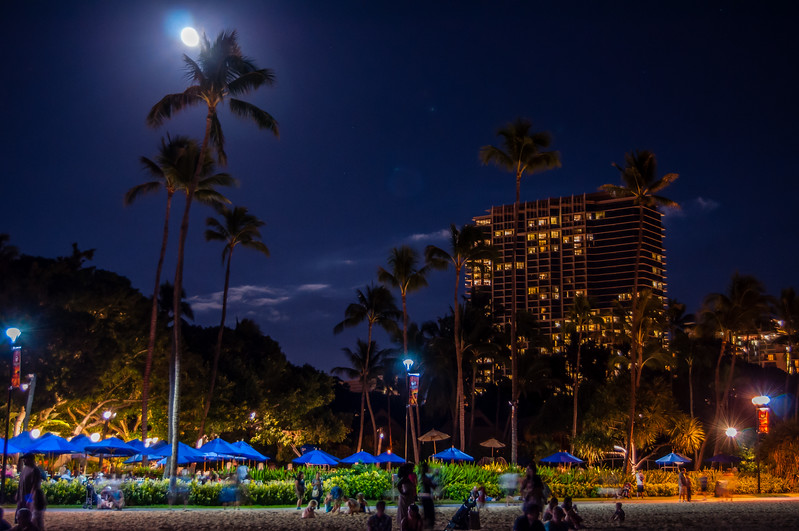 Nightlife on Waikiki Beach