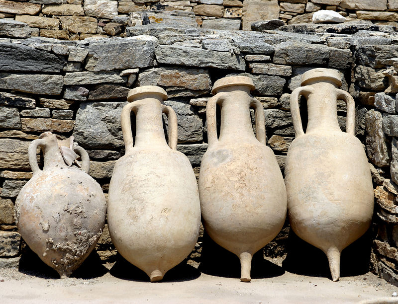 Delos --- ancient pottery