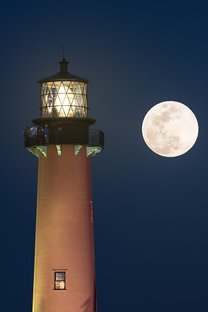 Full moon at the Jupiter Lighthouse
