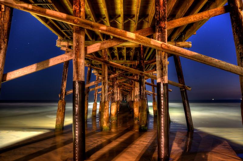 DSC_0793_4_5_HDR_Under the Pier