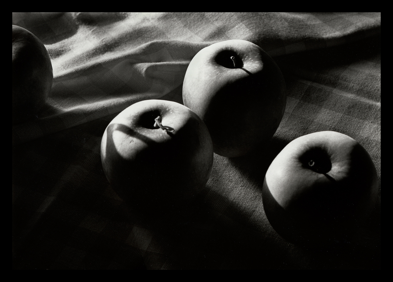 The Fourth Apple