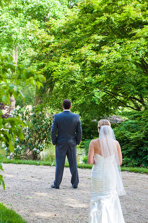first meeting first sighting before wedding bride and groom before wedding