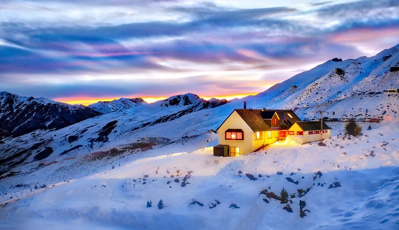 A Warm Hut On Coronet Peak