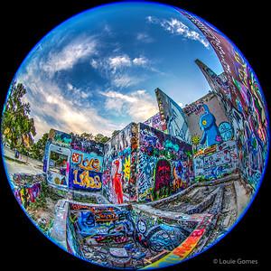 Graffiti Park Snow-Globe
