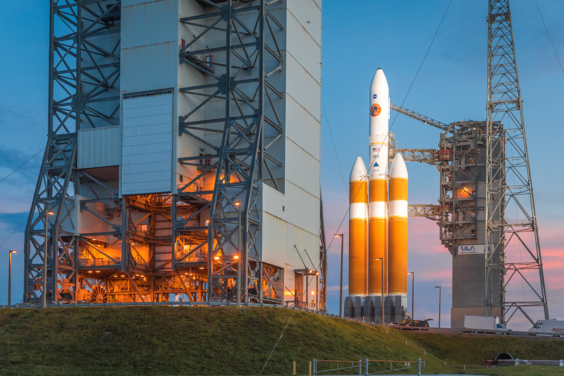 The mighty ULA Delta IV Heavy at dusk on the evening before launch.
