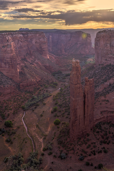 Canyon De Chelly - Spider Rock Overlook