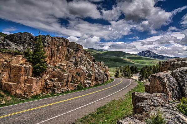 Lamar Valley road