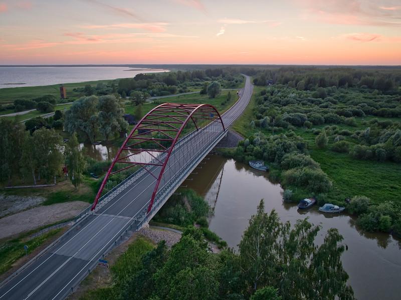 Rannu-Jõesuu sild Emajõel. Rannu-Jõesuu bridge on the river Emajõgi