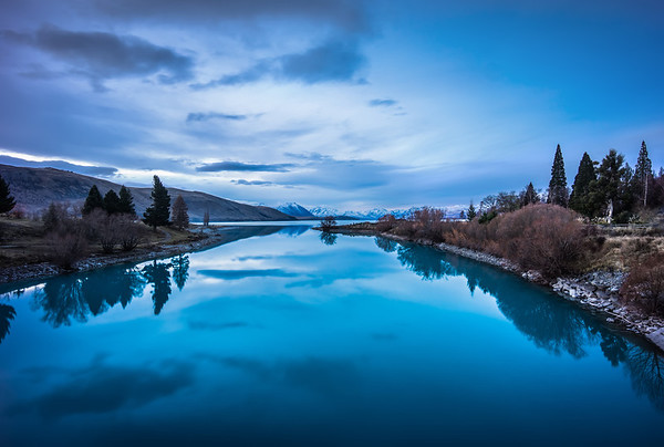 Evening on the Lake Here's the final photo from the video on the blog of Lake Tekapo. We're still editing together a bunch of detailed how-to videos. If you want to sign up to find out first when they are available just grab the free newsletter above!- Trey RatcliffClick here to read the rest of this post at the Stuck in Customs blog.