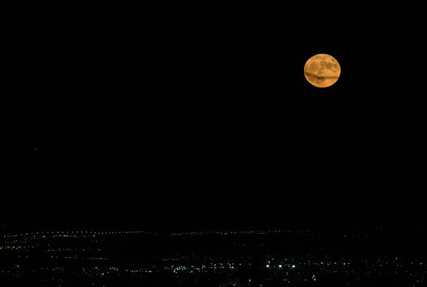Harvest Moon over Montreal