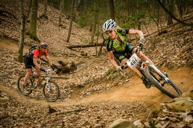 Beth Frye ripping through the berms on her first lap at the 6 Hours of Warrior Creek race.