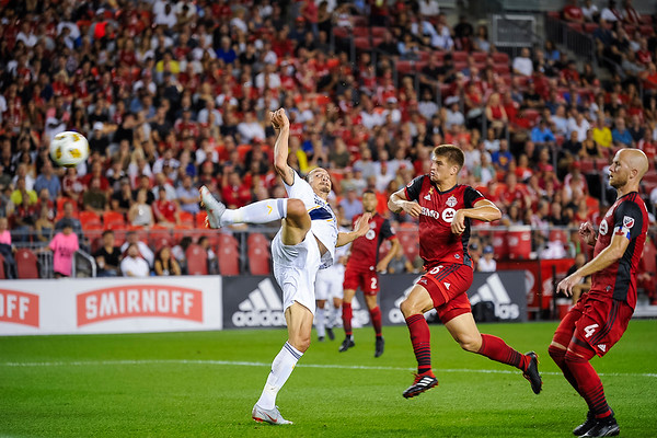 TORONTO, CANADA - SEPTEMBER 15: Major League Soccer match between Toronto FC and LA Galaxy at BMO Field on September 15, 2018 in Toronto, Ontario Canada. Photo: Michael Fayehun/F10 Sports Photography