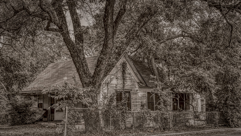 House_At_The_End_Of_The_Road