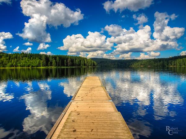Reflecting on a Norwegian Sky