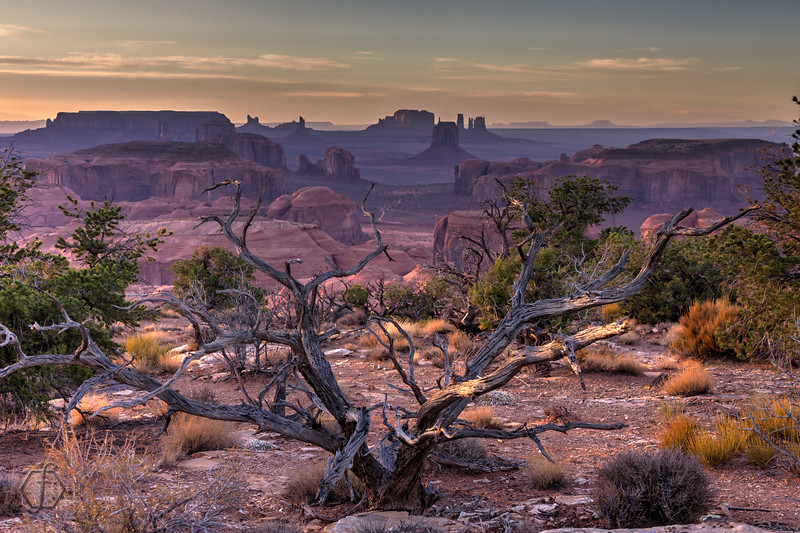 Monument Valley Sunset - Hunt's Mesa