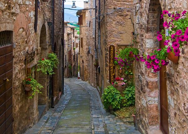 Spello, Italy alleyway. Umbria.