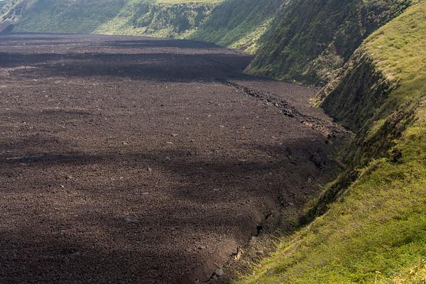 Volcan Negro Crater
