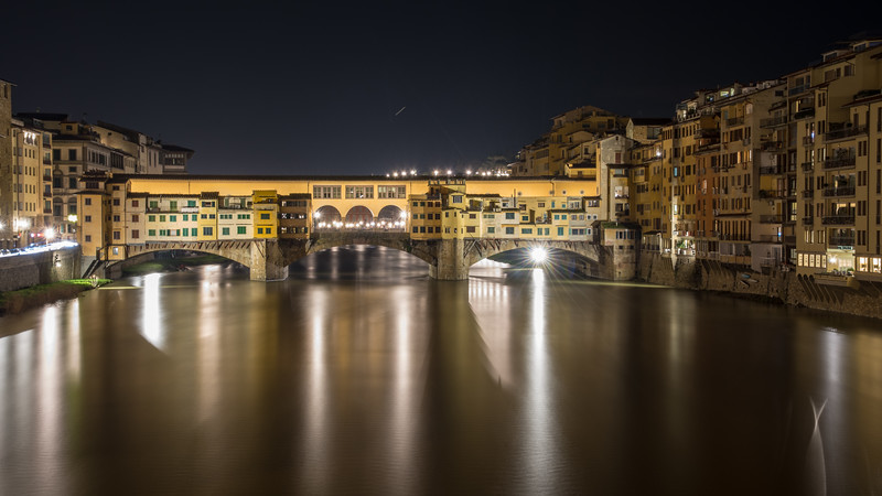 Jupiter rising over the Ponte Vecchio