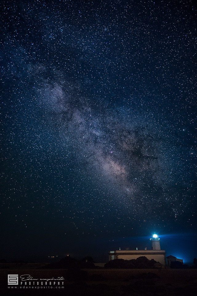Cap Blanc lighthouse under stars
