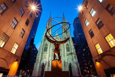 Atlas, Rockafella Centre, St Patrick's Cathedral, New York City, New York, America