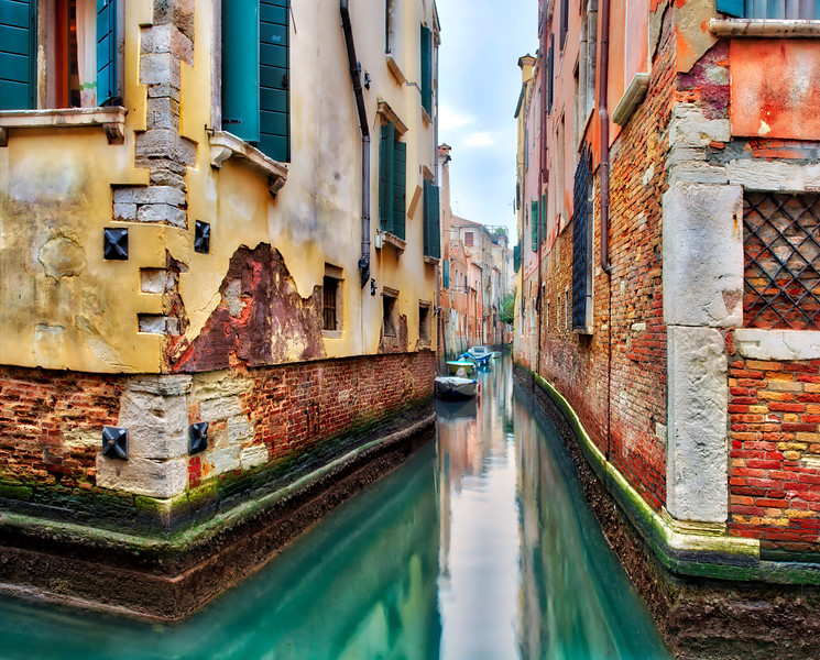 Colors And Lines In Venice