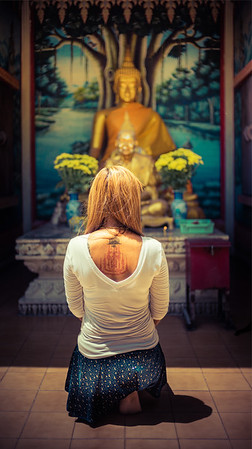 Visiting Temples In Thailand