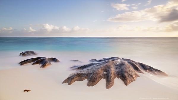 sand - rocks - sea