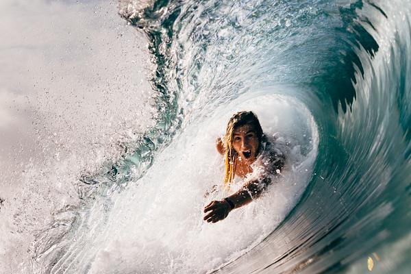 Giorgo Gomez bodysurfing
