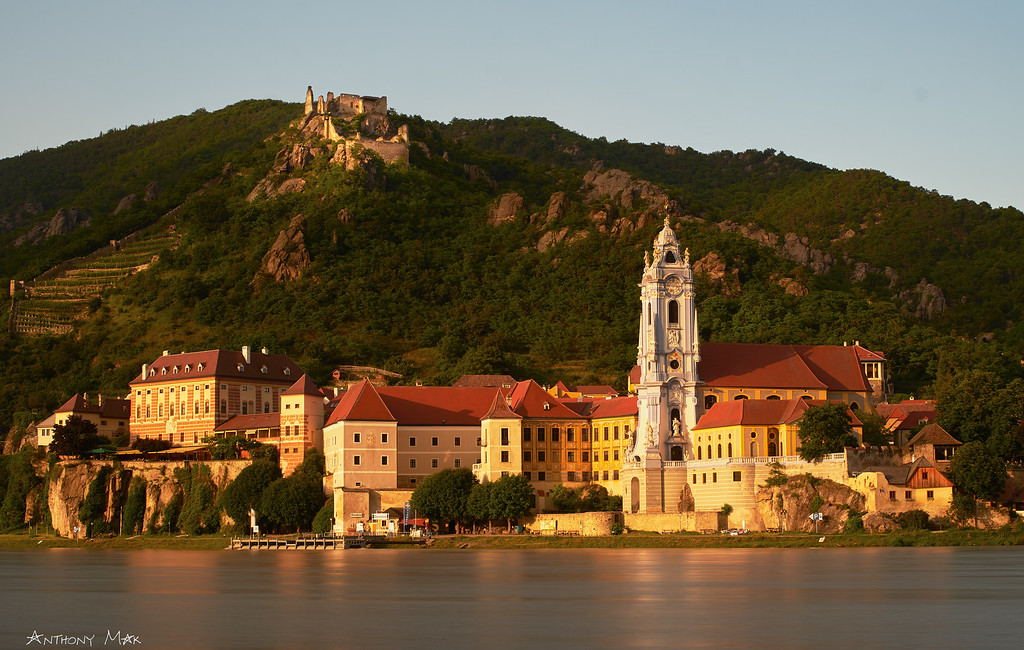 """Dürnstein in the Evening Sun"""