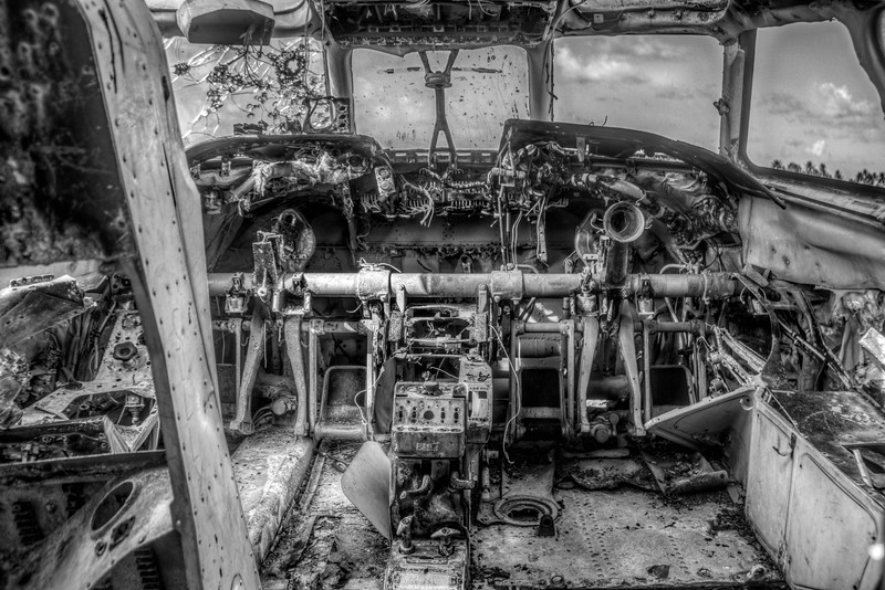 Old An-26 cockpit