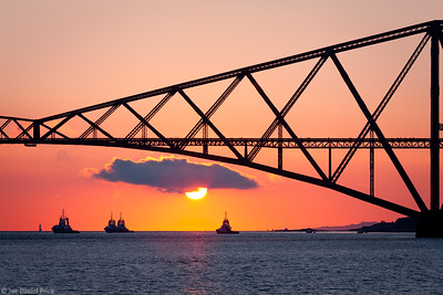 Sunrise at the Fourth Bridge, Fourth Railway Bridge, Edinburgh, Scotland