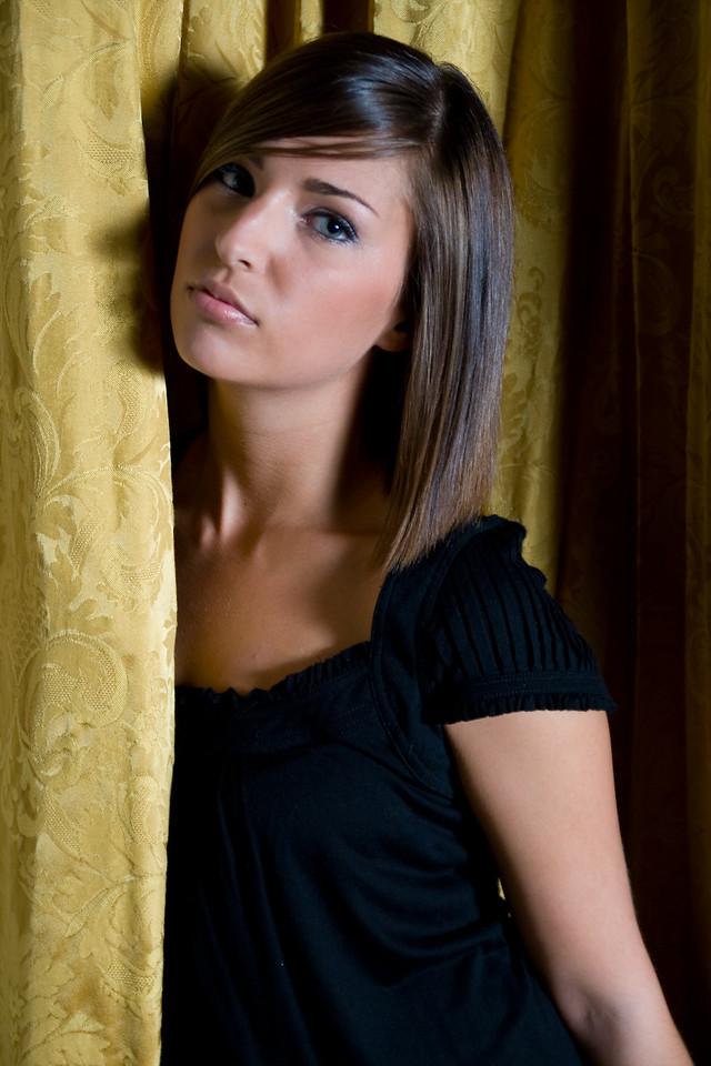 Model: Traci Logan