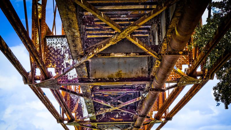 Railroad_Brridge-Edit