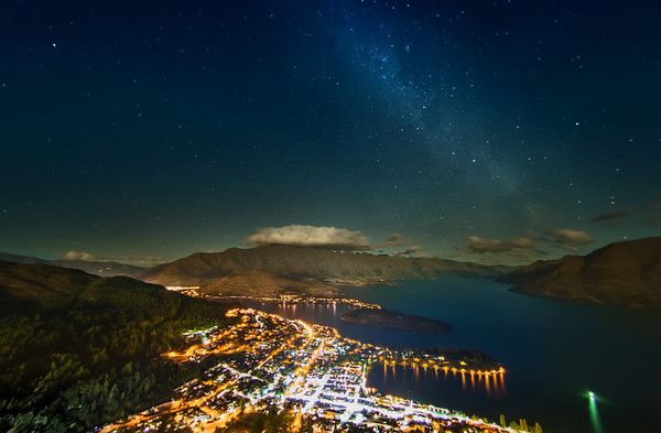 The Milky Way over Queenstown Tom and I went up to the top of the gondola a few days ago to get some shots of the stars. The sky was clear and we were lucky!I made this with the fisheye lens and then did the lens correction on it. A bunch of stuff ended up getting cut off, but only I know that… It bothers me because there was some other awesome stuff! But since you don't know what you're missing… well I hope it is just good enough. :)- Trey RatcliffClick here to read the rest of this post at the Stuck in Customs blog.
