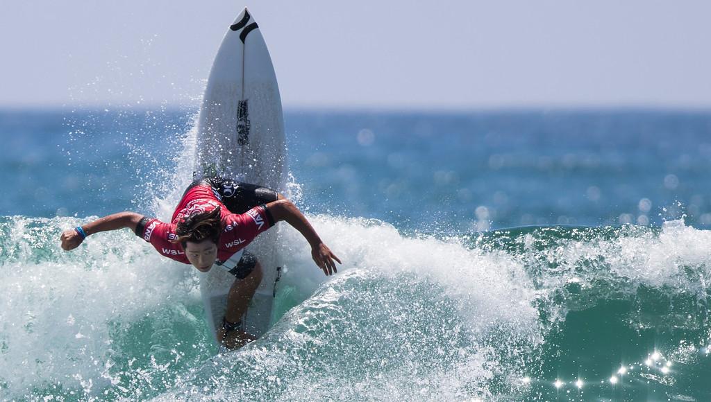 Surfing02