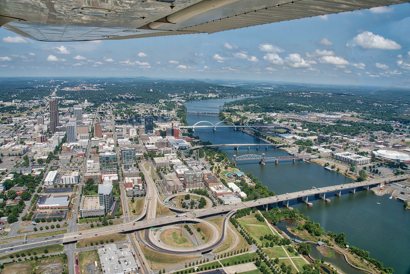 Arrival to Little Rock downwind for runway 36
