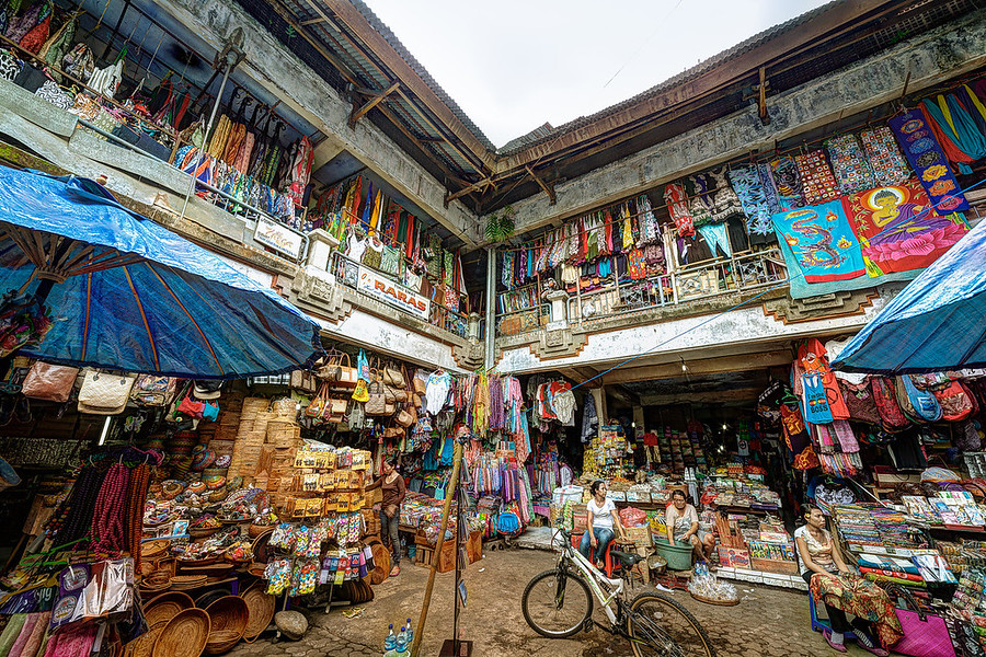 Bali Local Market, This place was awesome. Lots of rats, but awesome. There is so much color and texture and craftsmanship. Only an HDR photo could do this justice.