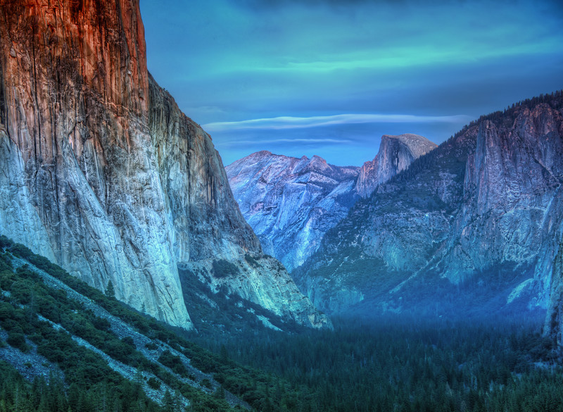 "<h2>Yosemite in Late Afternoon</h2><br/>I spent about a week in Yosemite, and every day had slightly different light. I was quite sad there was no snow the entire time, but I am excited to go back and see it!<br/><br/>Even though there was no snow, I was quite cold. I tried out a new set of gloves which were quite crappy. I think the only kind of situation I like when it is cold is those mittens that flip up so I can use my fingers. I had the perfect mittens, but then I lost one of them, so now I only have one mitten, and this is a sad thing.<br/><br/>- Trey Ratcliff<br/><br/><a href=""http://www.stuckincustoms.com/2012/06/19/yosemite-in-late-afternoon/"" rel=""nofollow"">Click here to read the entire post at the Stuck in Customs blog.</a>"