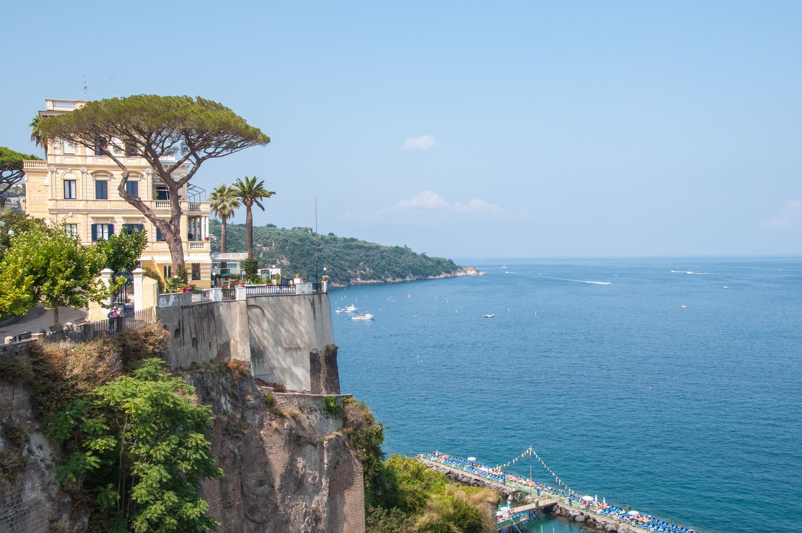 Sorrento Cliffs