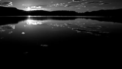 Sonnenuntergang am Nulltjärnarna - Vålådalen Schweden