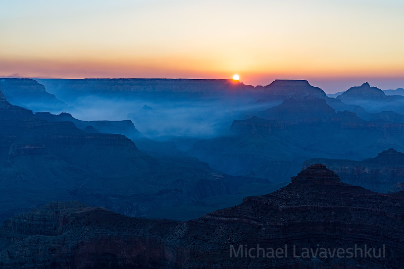 Sunrise at Yavapai Point, Grand Canyon