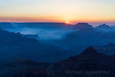 Sunrise at Yavapai Point, Grand Canyon