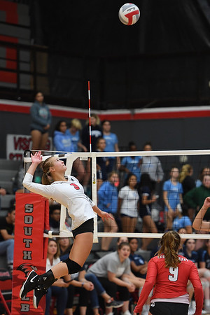 Corvallis won 3 to 2 in their match against South Albany Tuesday night. Photo by Leon Neuschwander for Mid Valley Media