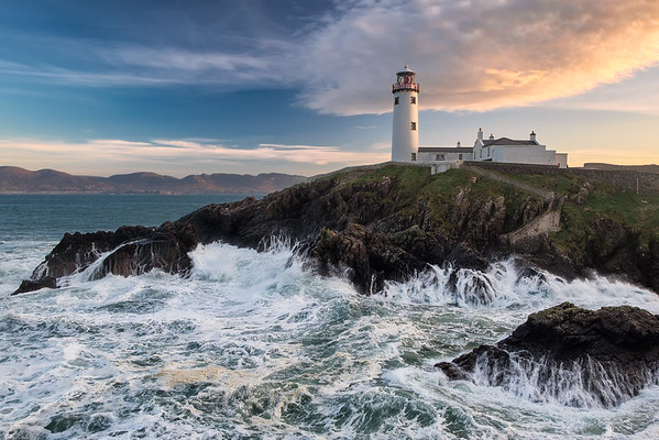 Breaking Waves At Fanad Head