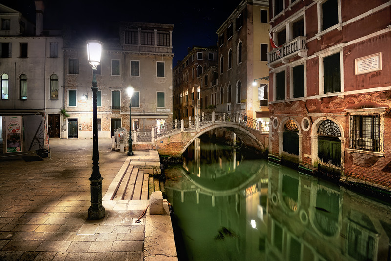 Venezian canal at night