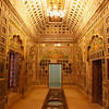 DECORATED ROOM. PALACE INSIDE THE MEHERANGARH FORTRESS. JODHPUR. RAJASTHAN. INDIA.