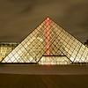 Le Louvre la nuit