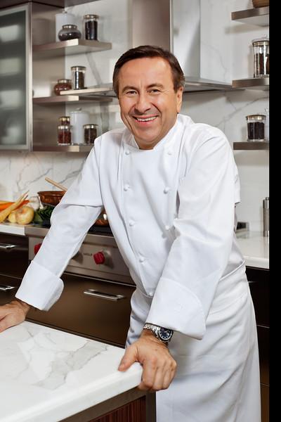 PEOPLE - Chef Daniel Boulud, Four Seasons Hotel, Toronto