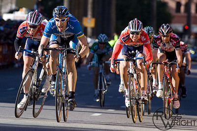 George Hincapie (Discovery Channel) wins with Davitamon-Lotto's Chris Horner and Josep Jufre Pou right behind